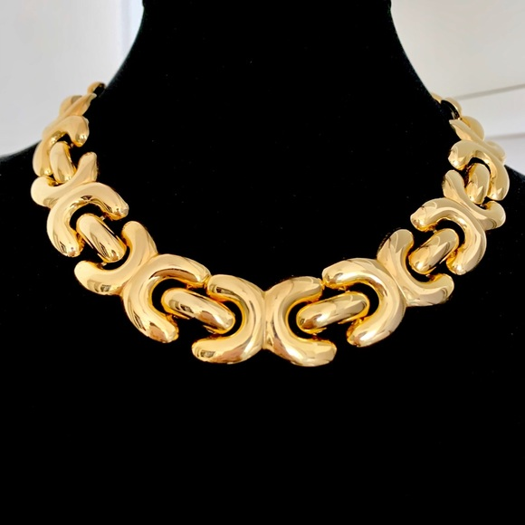 Vintage Jewelry - Vintage Gold Chain Link Necklace